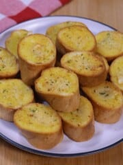 garlic bread baguette