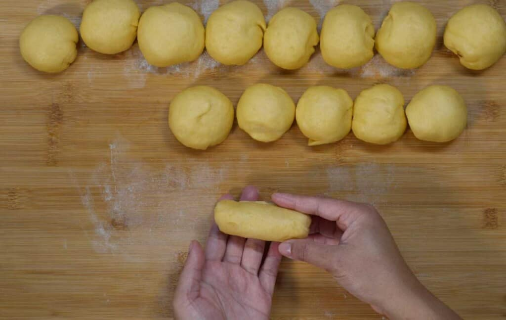 roll the dough tightly