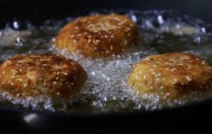 fry the cheeseburger mashed potato dippers