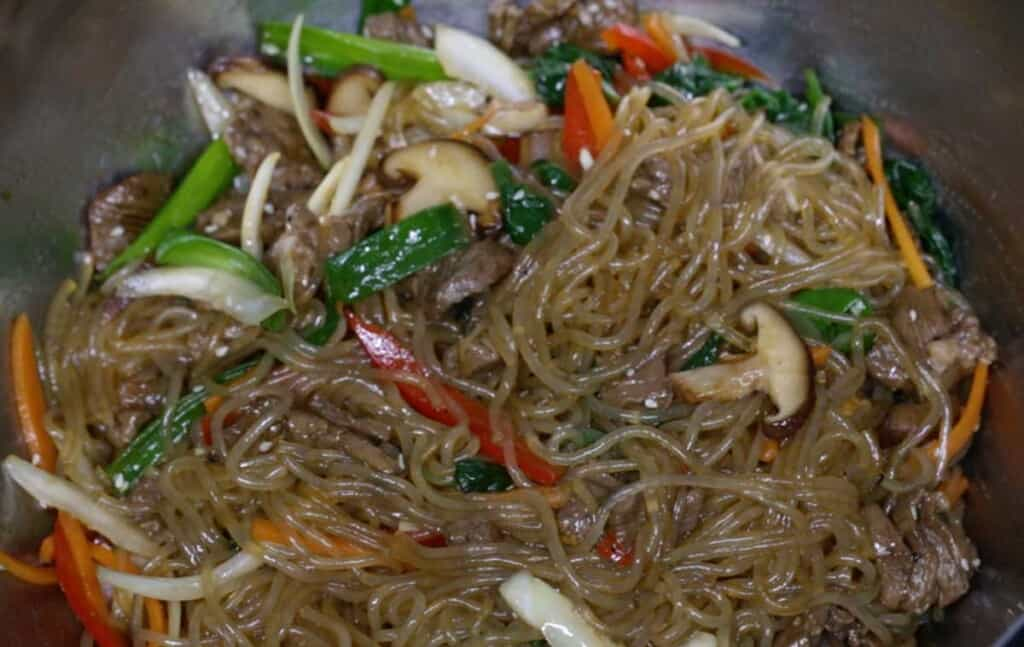 mixed stir fry noodle and vegetable